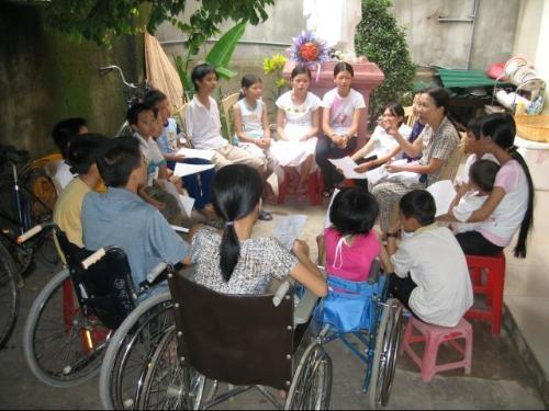Buổi giao lưu với người khuyết tật(